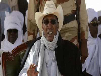 Tchadiens, préparez-vous au pire ! Idriss Déby et son clan se préparent pour battre le record de longévité au pouvoir de Kadhafi