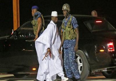 Le plus chanceux des dictateurs africains: Yahya Jammeh a négocié jusqu'à la moindre virgule pour déménager tout son Palais et emporter la caisse de l'État !
