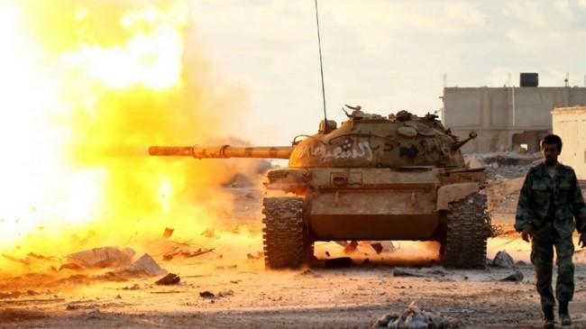 Libye: des milices islamistes chassent les forces du maréchal Khalifa Haftar et ont pris le contrôle du terminal pétrolier d'Al-Sedra
