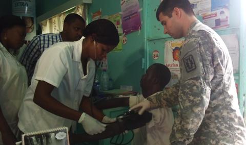 Tchad: une mission médicale militaire américaine séjourne à N'Djaména