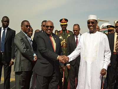 Le Président soudanais Oumar El-Béchir est arrivé au Tchad pour la commémoration du 27e anniversaire de la prise du pouvoir par Idriss Déby
