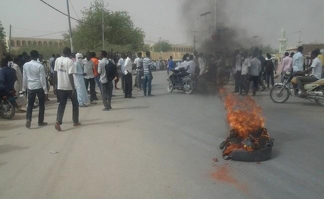 Vers une baisse des salaires des fonctionnaires au Tchad: les profs prêts à descendre dans la rue