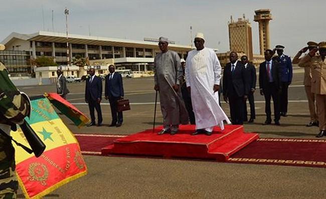 Le Président Idriss Déby ferme les écoles au Tchad et s'envole pour une conférence sur l'éducation à Dakar