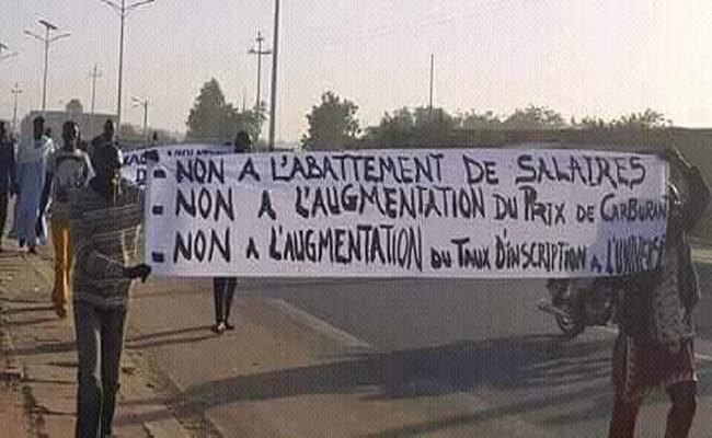 Marche des étudiants au Tchad: «nous allons descendre dans les rues ce mercredi 21 février pour marcher et le bureau de l'UNET sera en première position pour que la marche réussisse»