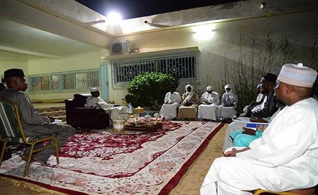 A la veille de l'adoption de la nouvelle constitution au Tchad: le Président Idriss Déby instruit les gouverneurs
