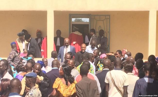 Lutte contre l'impunité au Tchad: quand les magistrats, avocats, notaires et huissiers ont fait plier Idriss Déby en quatre