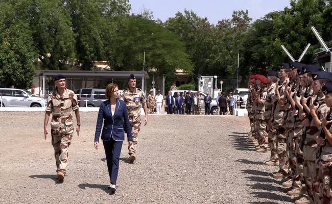 Tchad: la ministre française de la Défense, Florence Parly est arrivée dimanche soir à N'Djamena