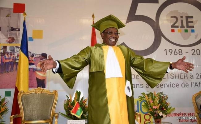 Après avoir détruit l'école au Tchad, Idriss Déby parraine l'enseignement supérieur au Burkina Faso