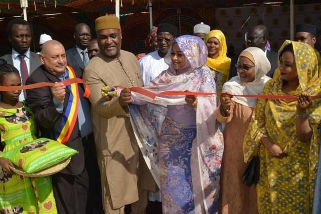 En deux ans, la fondation «Grand Coeur» de Hinda Déby s'est substituée à l'Etat tchadien sous couvert de charité
