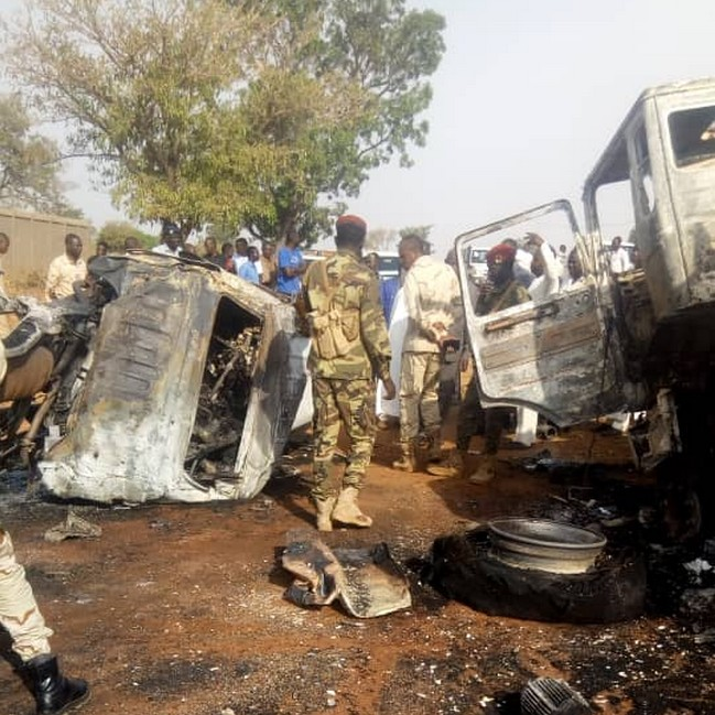 Tchad: 5 gardes nomades dont un officier sont morts dans une collision entre un pick-up et un camion-citerne à Moundou