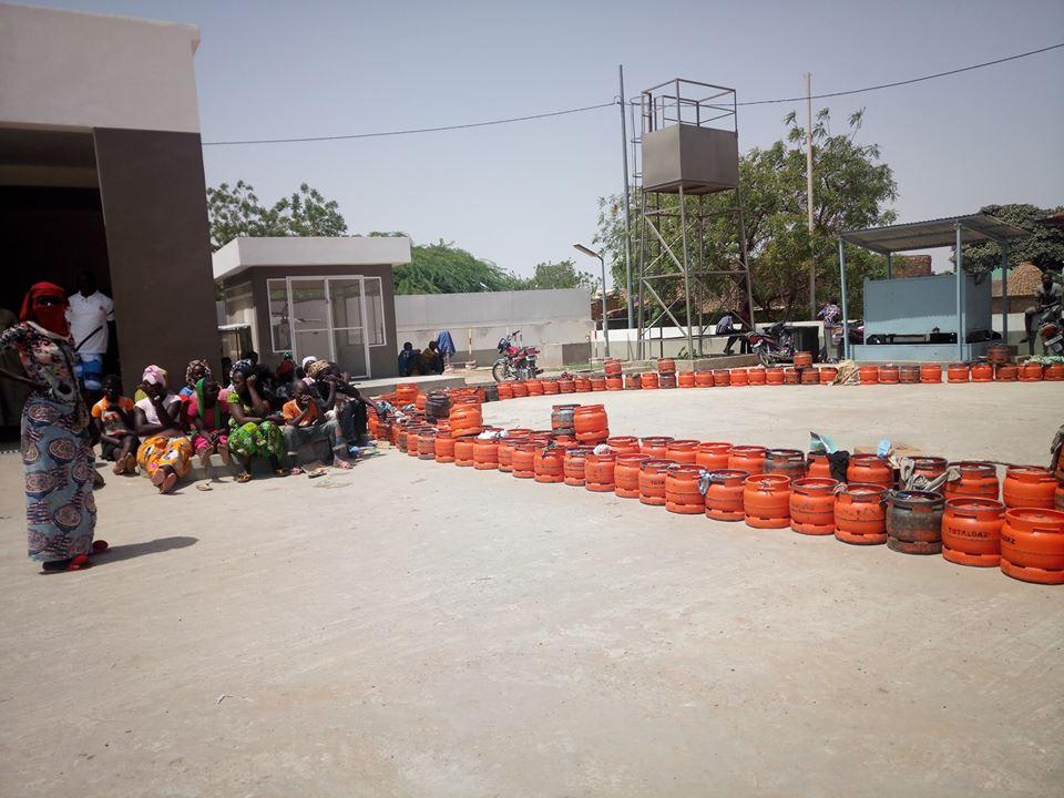 Depuis deux semaines, les Tchadiens subissent une grave pénurie de gaz butane