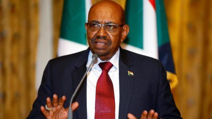 Soudan: acculé et craignant le syndrome algérien, Oumar El Béchir propose une conférence nationale inclusive