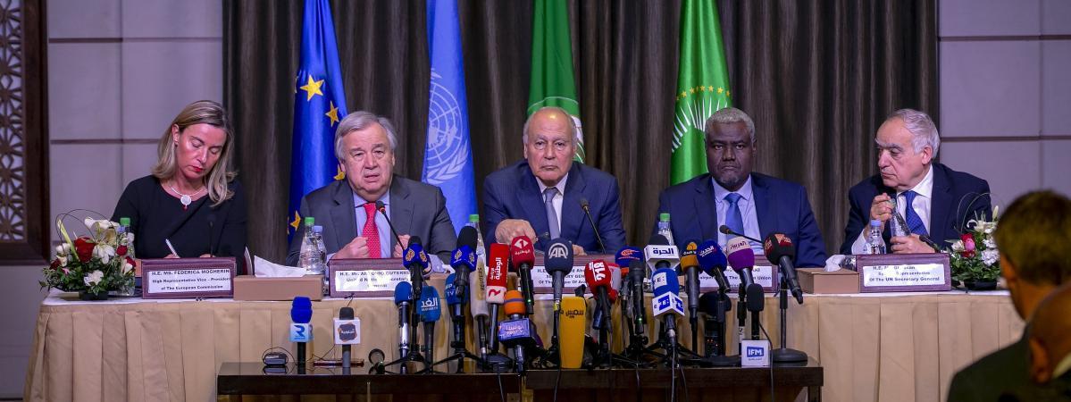 Pourquoi l'Union Africaine, l'Union Européenne et l'ONU prônent-elles le dialogue inclusif en Centrafrique et en Libye, mais pas au Tchad ?
